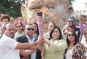 Antorcha de Juegos Escolares se pasea por San Juan de la Maguana