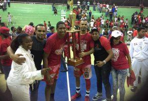 Equipo Ciro Pérez revalida título en básket superior de San Cristóbal