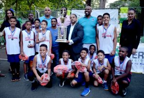 Club San Lázaro obtiene el trofeo de campeón torneo minibasket distrital