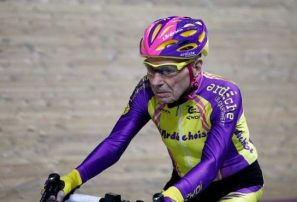 Ciclista francés se retira a los 106 años