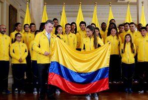 Santos entrega el pabellón nacional a los atletas de los Juegos Bolivarianos