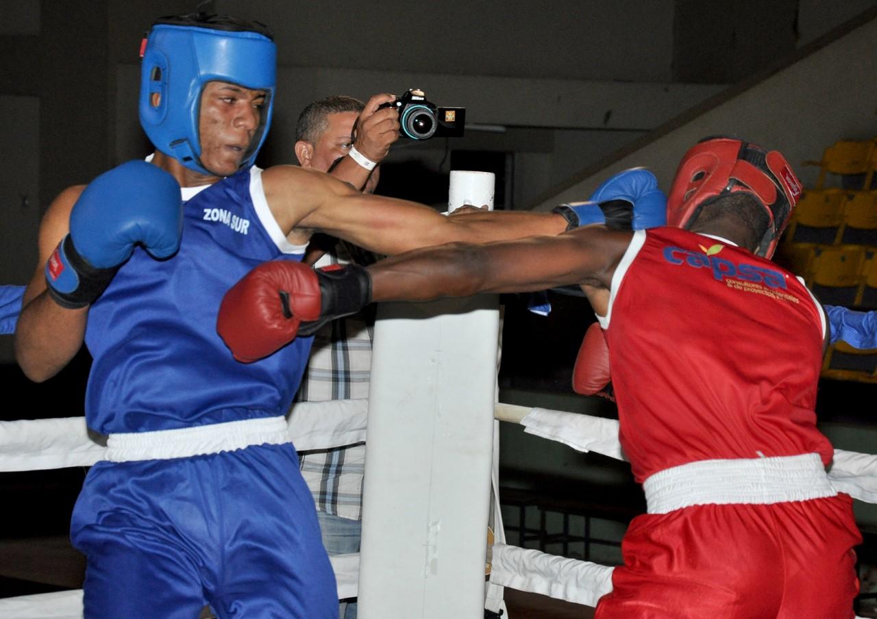 Solano, Morey, Walberson y Ramírez, oro en Copa Esmeralda de Boxeo