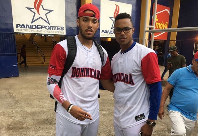 Dariel Gómez pega jonrón y Dominicana supera a Cuba