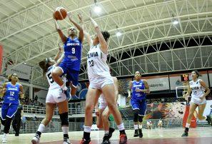 Monsac y Martínez guían triunfo de RD en basket Bolivarianos