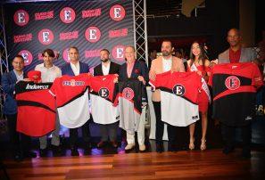 Escogido presenta su equipo para temporada 2017-18