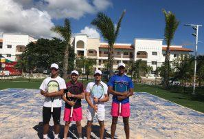 Víctor Estrella inaugura cancha de césped artificial en Punta Cana