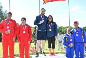 Guatemala, oro en dobles mixtos clasificatorio tiro al plato