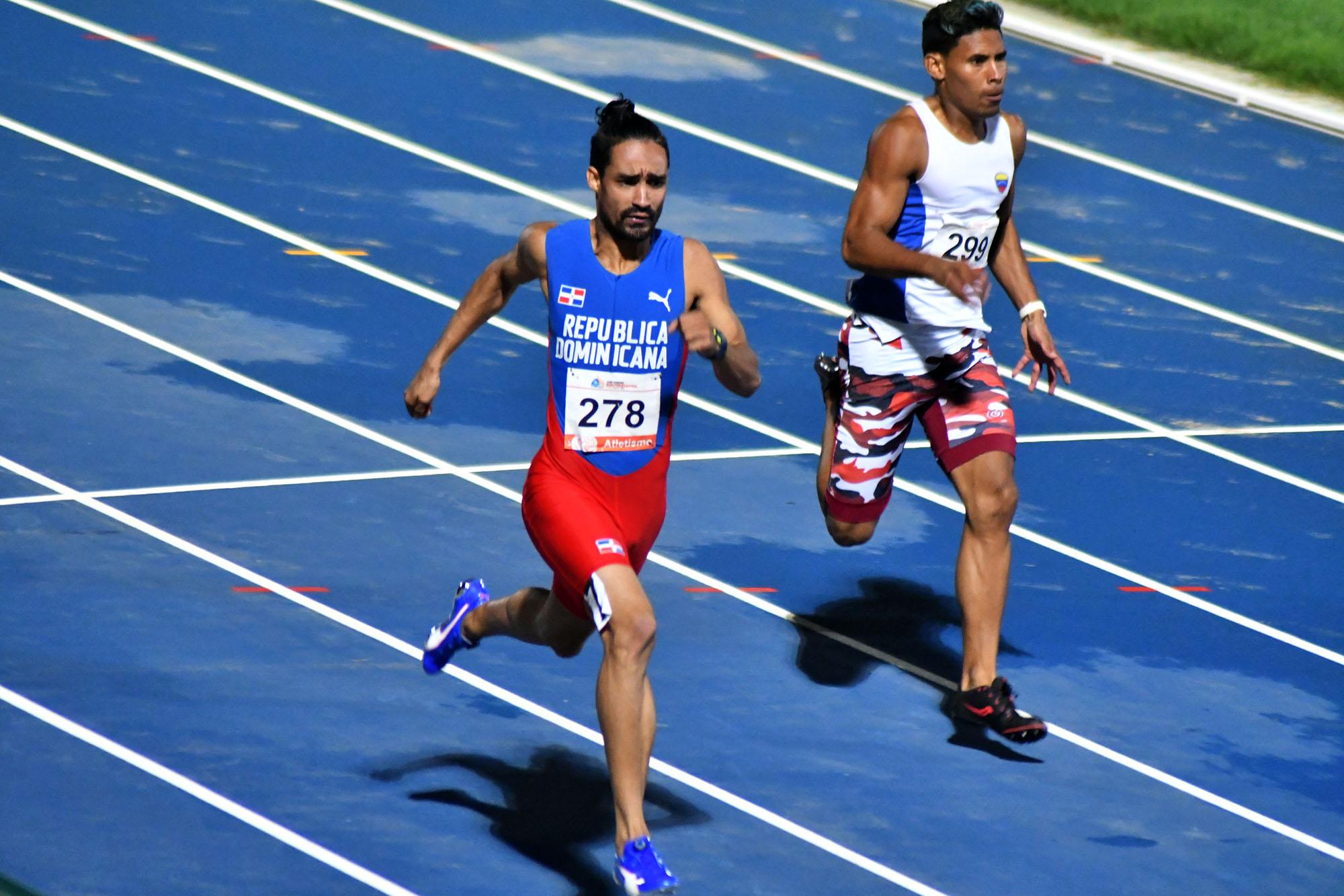 Luguelin se queda con el bronce en los 200 metros planos