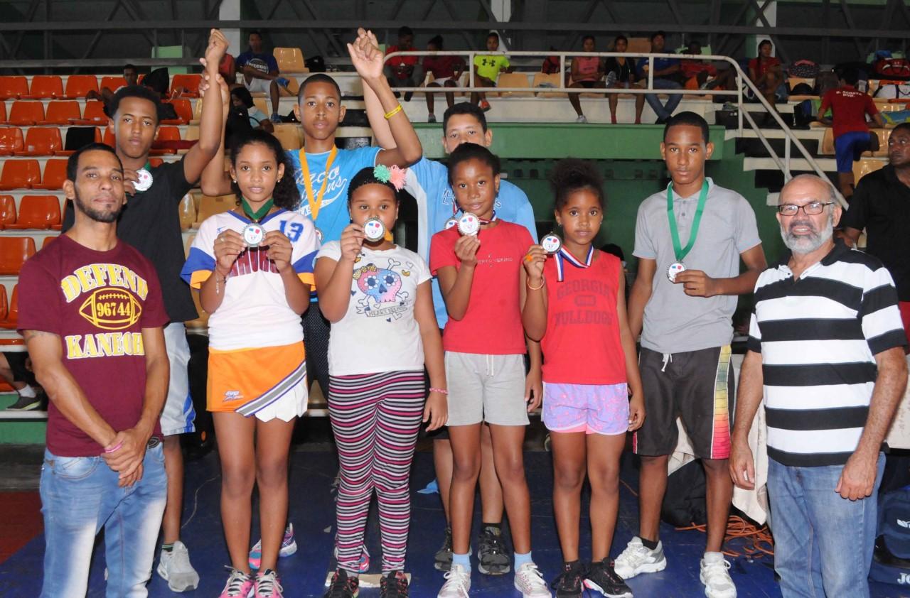 Wilmer Brea y Juliana Faña Campeones  II Nacional Bádminton