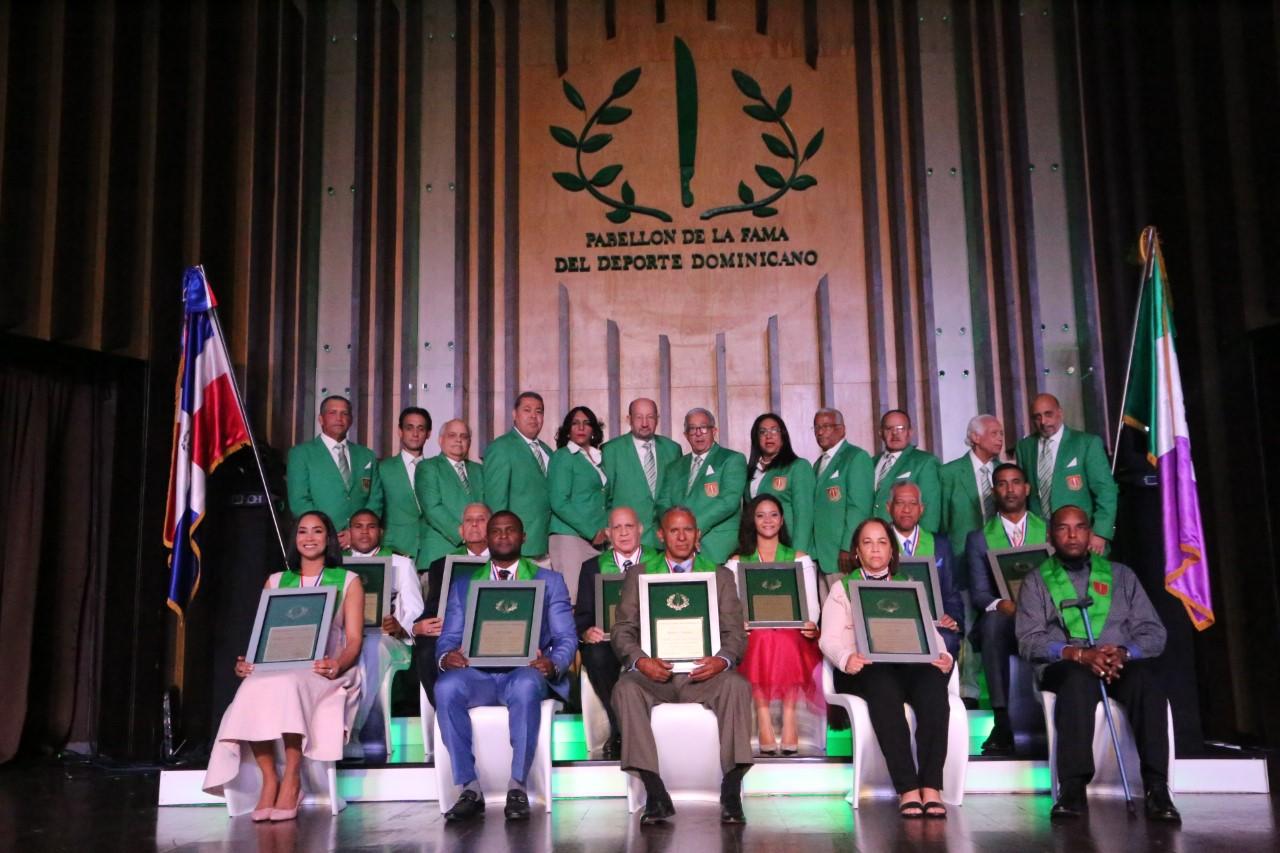 Día inolvidable para los nuevos inmortales del deporte dominicano