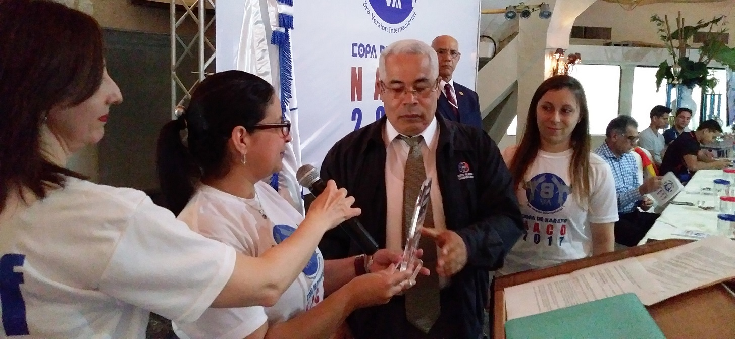 Club Naco, campeón en Copa de Karate; reconocen a Borola