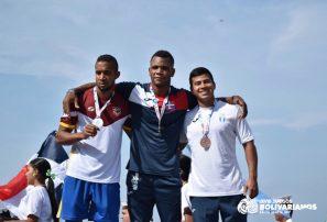 Jiménez, Acevedo y Guerrero, dos oros y una plata en remo Bolivarianos