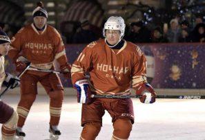 Presidente de Rusia juega un partido de hockey sobre hielo
