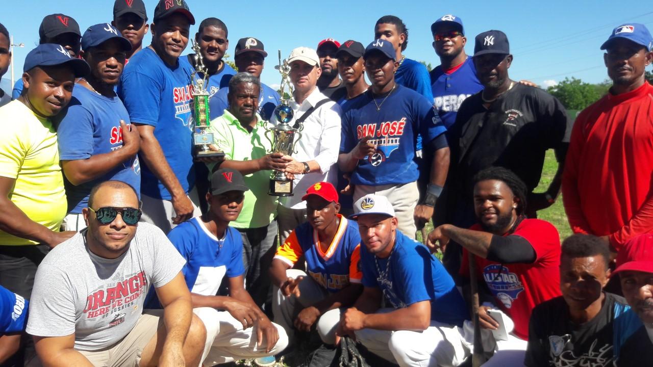 Duvergé se corona campeón Softbol Provincia Independencia