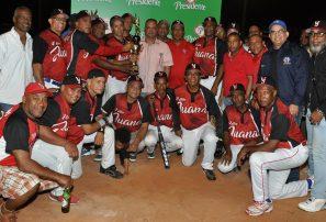 Villa Juana, doble campeona en softbol del DN