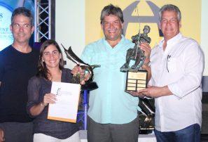 Wally Heinsen gana torneo internacional de pesca al  Marlin Azul