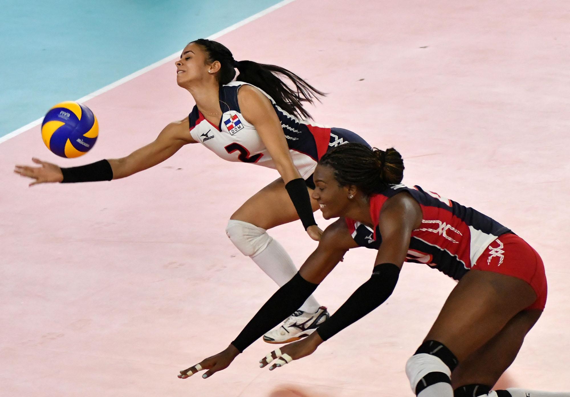 Voleibol femenino RD enfrenta a Colombia por el oro