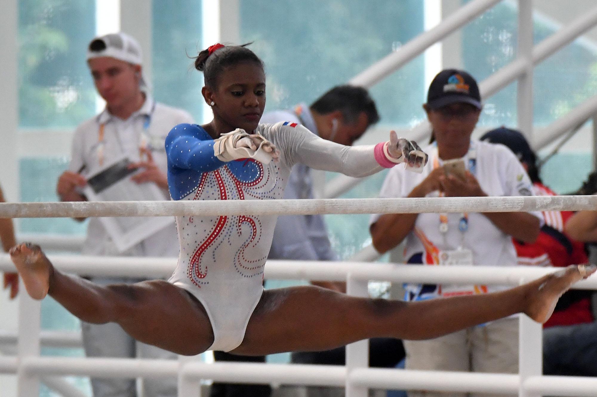 Yamilet, oro plata en salto y asimétrica Juegos Bolivarianos