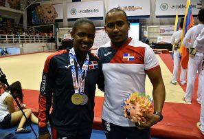 Gimnasta Yamilet Peña se cuelga otra medalla de plata