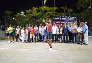 Torneos Geneca de Tennis abren con exhibición y una causa justa