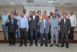 Héctor Pereyra es reelecto en la presidencia de FEDOBE