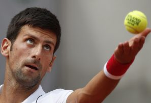 Djokovic y Zverev pasan a 4ta ronda en Francia; Dimitrov cae