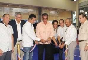Club Naco inaugura moderno Multiuso