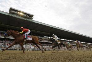 Justify domina en Belmont Stakes para ganar la Triple Corona
