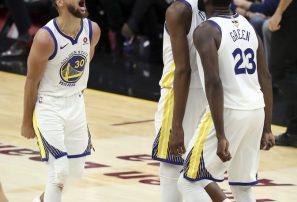 Con 43 puntos de Durant, Warriors acarician el cetro