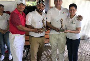Eddy y Carlos Ramírez ganan torneo Voluntariado Salesiano