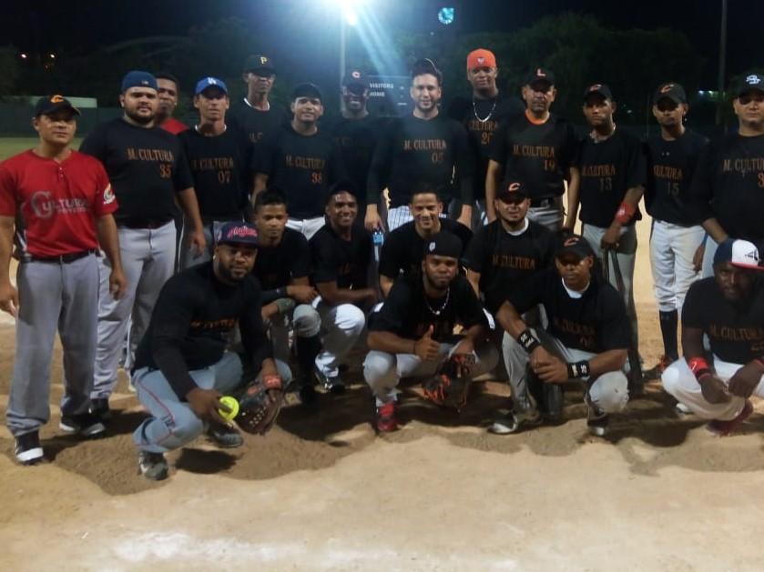 Cultura, Rocco, Los Gorditos y Ferretería Beato en cuartos de final softbol