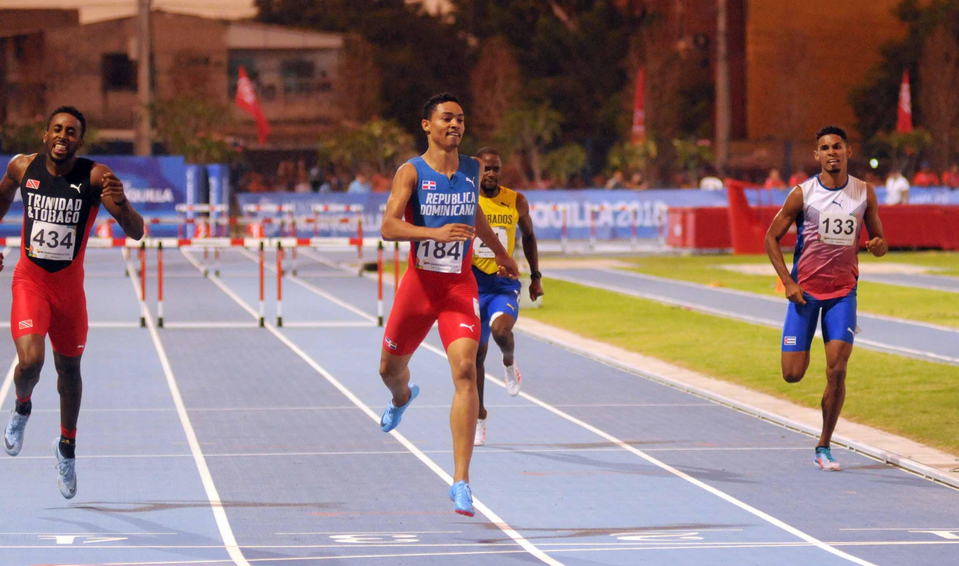 Juander, Valdez y Paulino avanzan a la final en atletismo