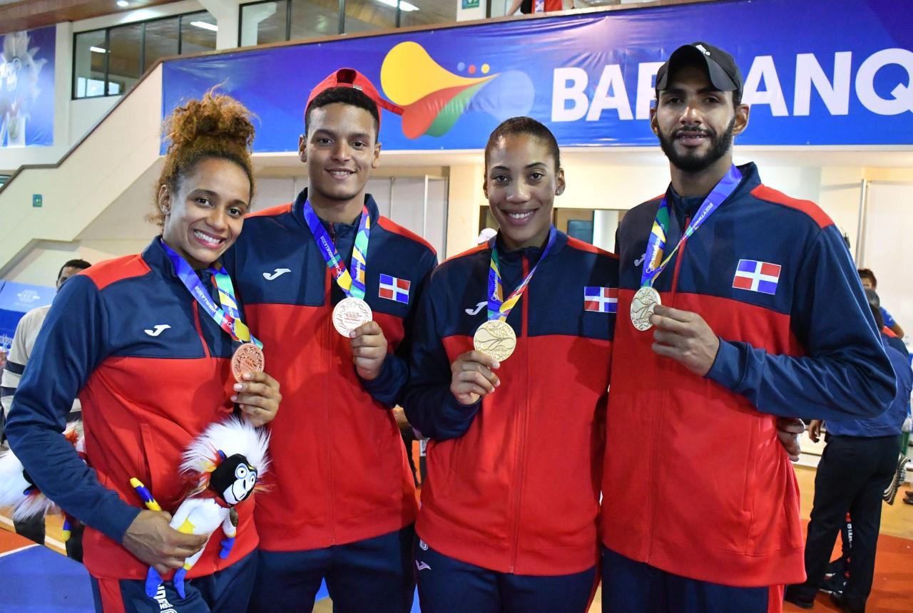 Moisés Hernández y Khaterine Rodríguez, dos oros en taekwondo