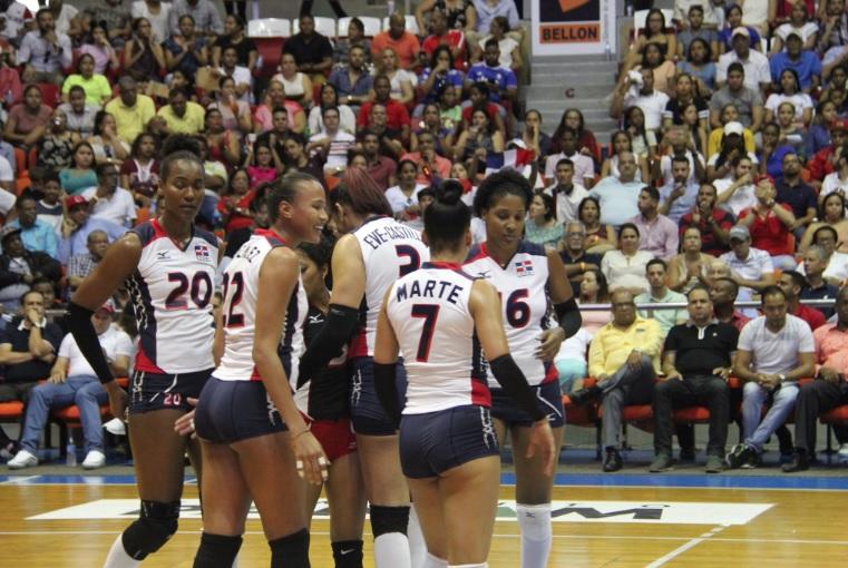 Las Reinas del Caribe derrotan 3-0 a Cuba en partido fogueo