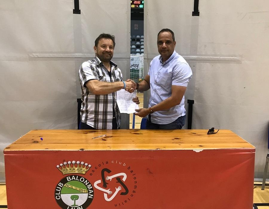 Balonmano RD pelearán medalla en Juegos; Rivera firma acuerdo con Federación Gallega