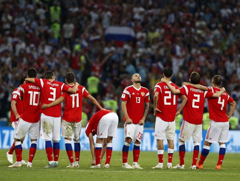 Croacia derrota a Rusia en penales y va a semifinales