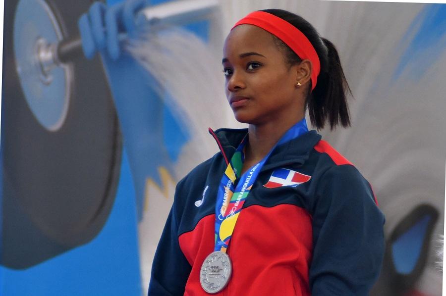 Los deportes de pesas y taekwondo siguen aportando medallas