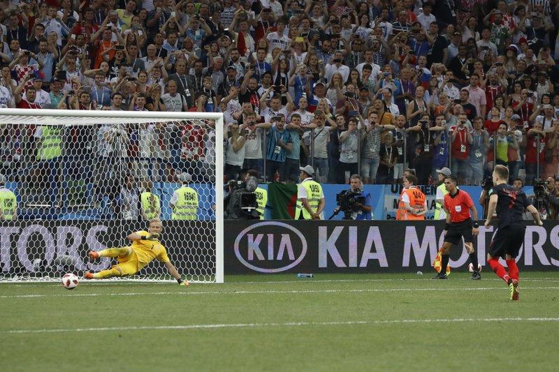 Croacia elimina a Dinamarca por penales, jugará con Rusia
