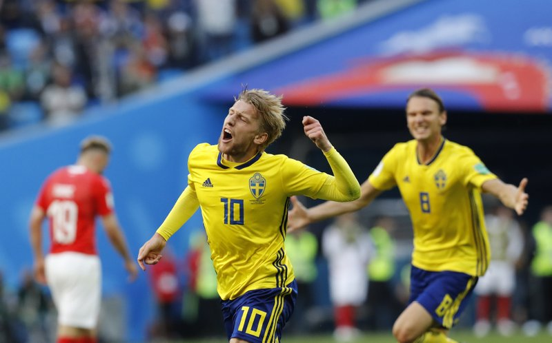 Suecia supera a Suiza y va a cuartos en el Mundial