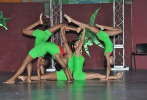 Escuela Nacional de Gimnasia exhibe avance de atletas