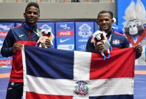 Ramírez obtiene plata y Rudesindo bronce en lucha estilo libre