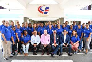 Rafael Uribe urge a dirigentes a prepararse para enfrentar retos