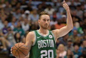 Gordon Hayward, feliz por volver a estar en acción con los Celtics
