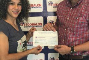Ministerio de Deportes entrega incentivo a medallistas Juegos Centroamericanos