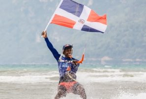 Dominicano Corniel se coloca segundo del mundo en Kitesurf