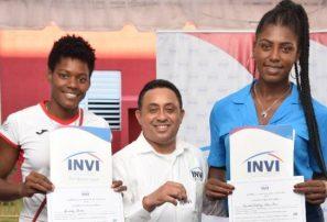 INVI entrega viviendas a Marileidy Paulino, Cándida Arias y ex atleta Wilary Guerrero
