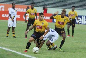 Moca FC y Atlético Pantoja empatan en partido de la Liguilla LDF