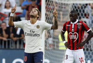 Neymar y CR7 brindan sonrisas al PSG y al Juventus