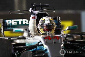 Lewis Hamilton saldrá primero en GP Singapur, Sebastiàn Vettel tercero
