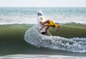 Equipo femenino Japón se corona en el UR ISA World Surfing Games 2018